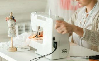 Come usare la macchina da cucire